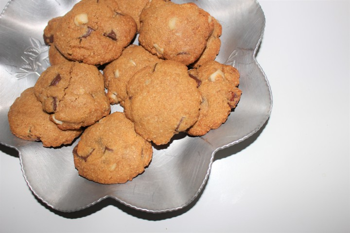 Healthier, grain free chewy chocolate chip macadamia nut cookies
