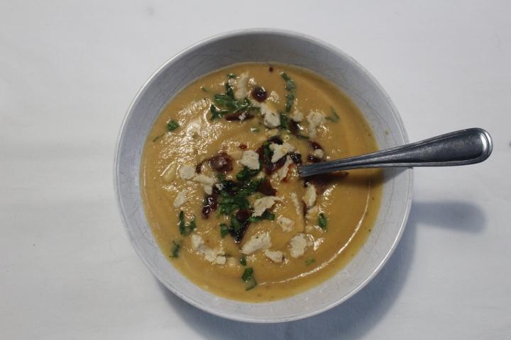 Cream of sweet potato and cauliflowersoup