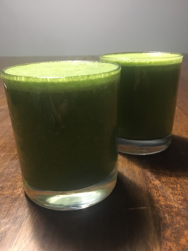 My celery juice experiment, results and recipe.